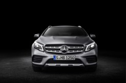 Mercedes-Benz GLA 2017 - 34